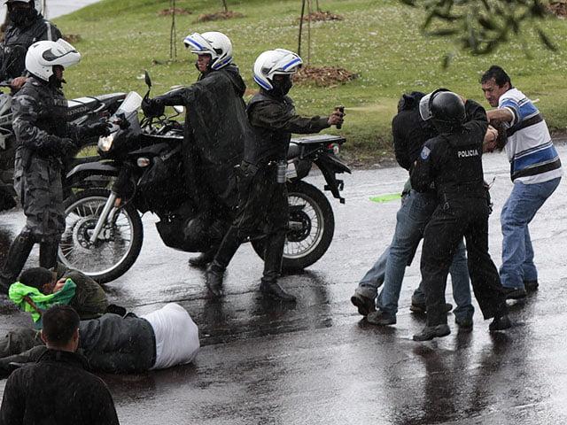Presidente de Ecuador denuncia intento de golpe de Estado (Rebelión)