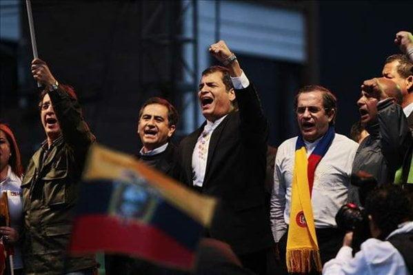 Entre telones del intento de golpe de estado en Ecuador