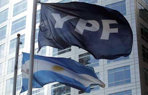 """La nacionalización de YPF (I): """"Nuestras empresas"""" y la """"seguridad jurídica"""" (OMAL, 17-04-12)"""